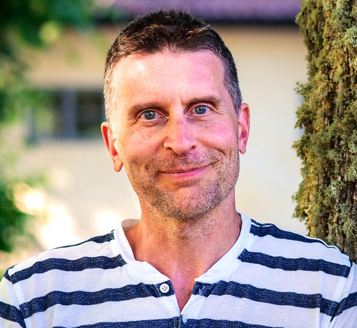 ANDREAS RUSCHKOWSKI, FOLKHÖGSKOLLÄRARE